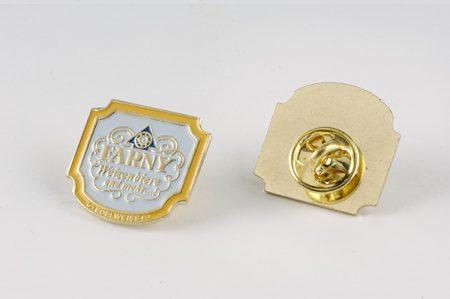 PIN mit Farny-Wappen